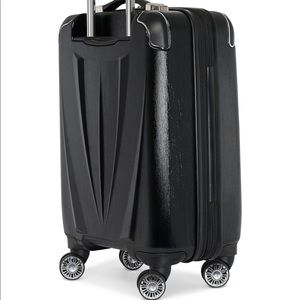 "Travelpro Pathways 25"" Expandable Spinner Suitcase"